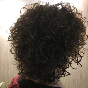 krullen knippen half lang haar 4 Your Hair Zutphen