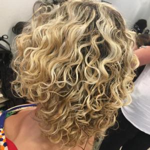 krullenknippen 4 Your Hair Zutphen Curlsys