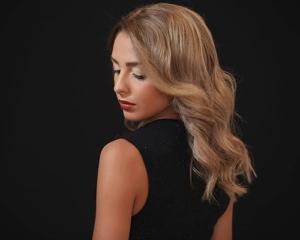 ST TROPEZ BLOND 4 Your Hair Zutphen